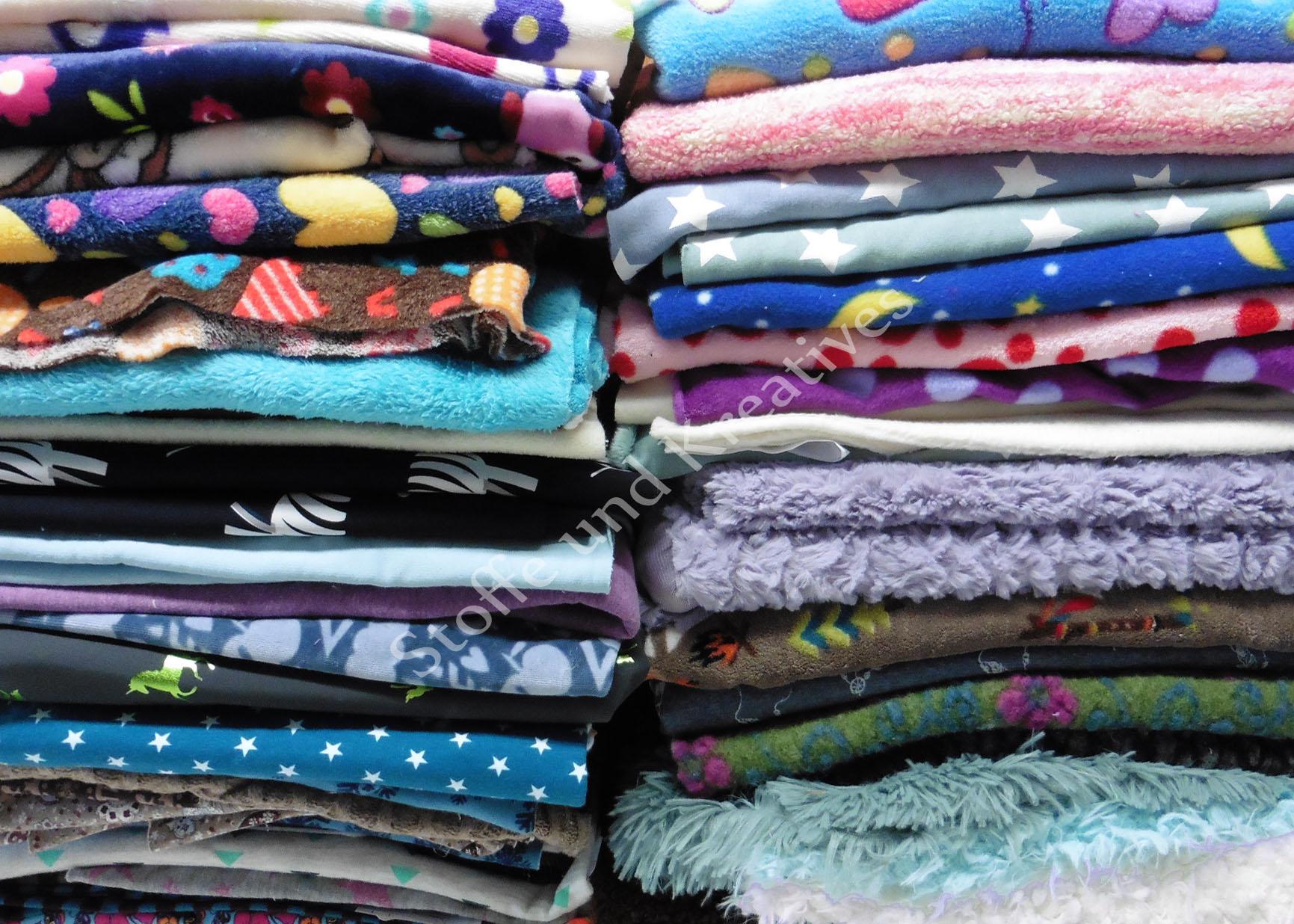stoffe online bestellen auf rechnung cheap teddyplsch baumwolle uni hellblau with stoffe online. Black Bedroom Furniture Sets. Home Design Ideas