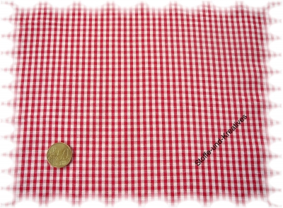 Vichy Karo  check cotton print red, white   Rest 25 cm reduced!!